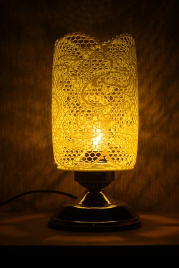 放大絕!? 美麗的3D雷絲簍空燈竟是用小畫家設計的!?
